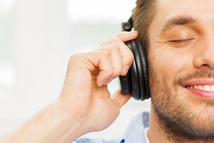 ergonomik kulaklık